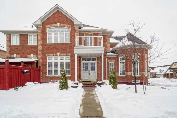 72 Iron Block Dr, Brampton