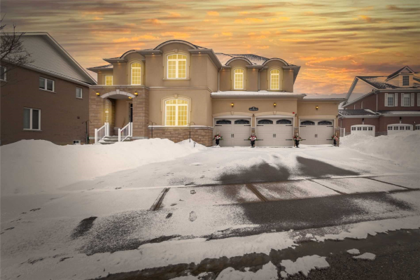 9 Upper Ridge Cres, Brampton