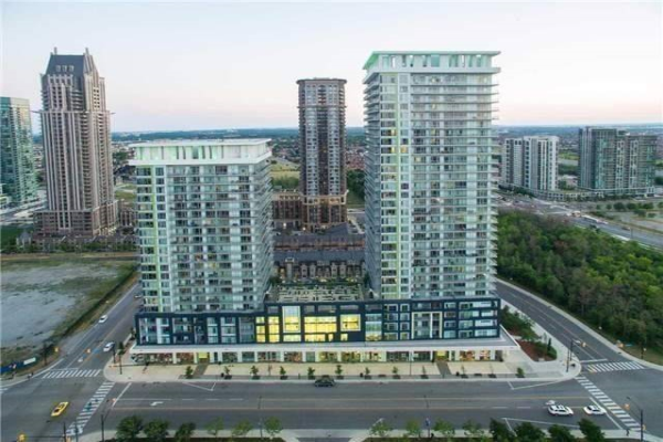 360 Square One Dr Ave, Mississauga