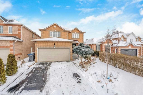 31 Colleyville St, Brampton