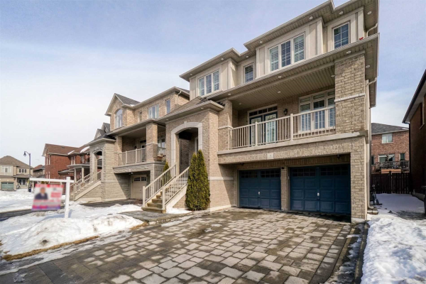 7 Clearfield Dr, Brampton