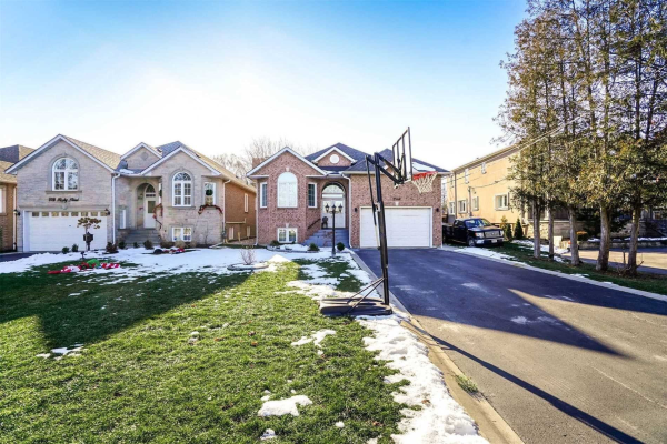 2542 Rugby Rd, Mississauga