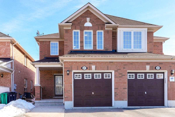 21 Coachlight Cres, Brampton