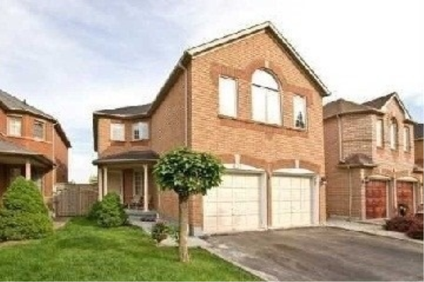 632 Four Winds Way, Mississauga
