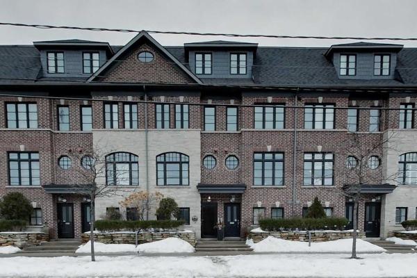 825B Oxford St, Toronto