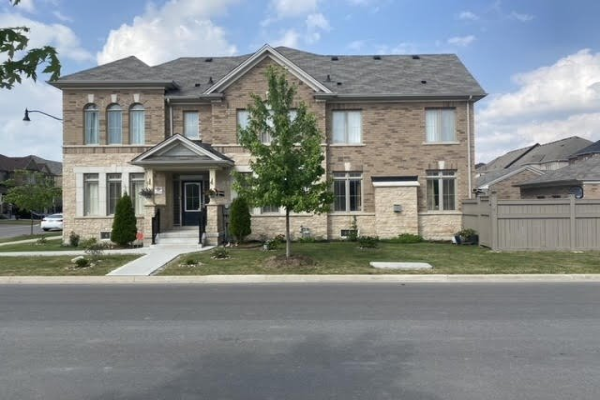 1 Yellowknife Rd, Brampton