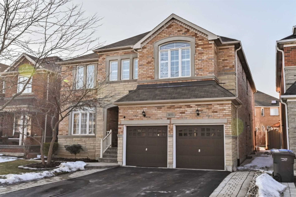 3153 Mission Hill Dr, Mississauga