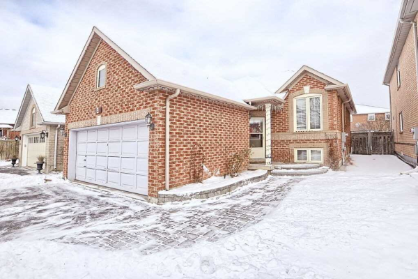 41 Royal Orchard Dr, Brampton