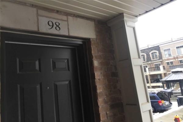 2441 Greenwich Dr, Oakville
