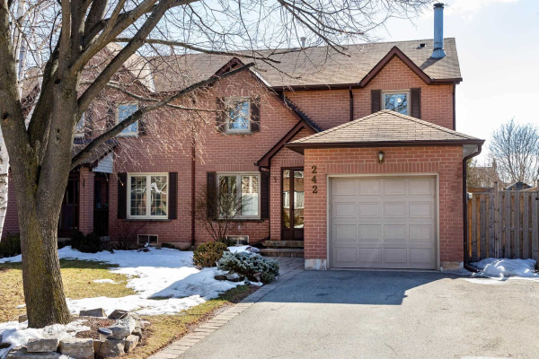 242 Ross Lane, Oakville