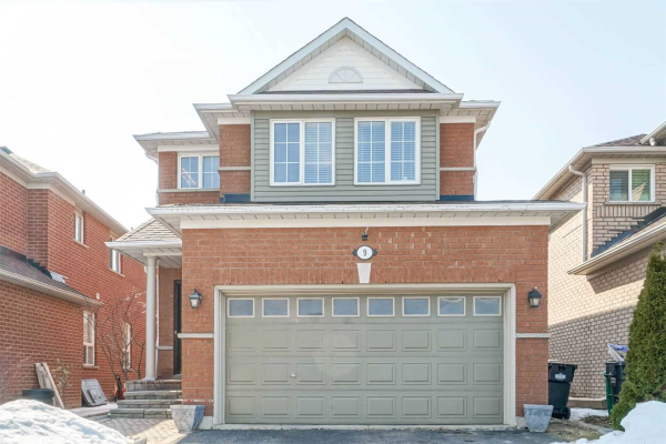 9 Blue Lake Ave N, Brampton