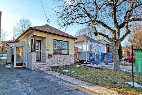 36 Milton St, Toronto