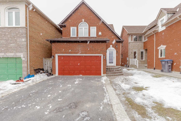 77 Peace Valley Cres, Brampton