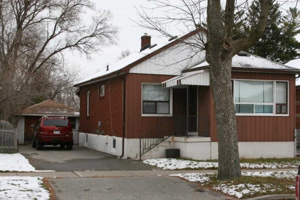 37 Treeview Dr, Toronto