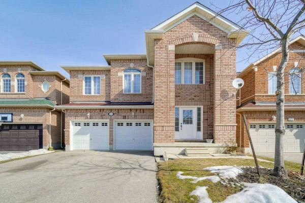 61 Sir Jacobs Cres, Brampton