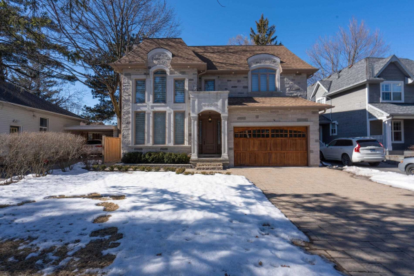 427 Maple Ave, Oakville