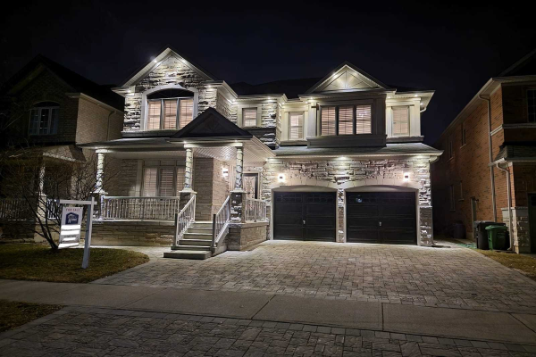 3170 Mission Hill Dr, Mississauga
