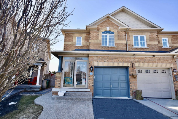 20 Hesketh Crt, Caledon