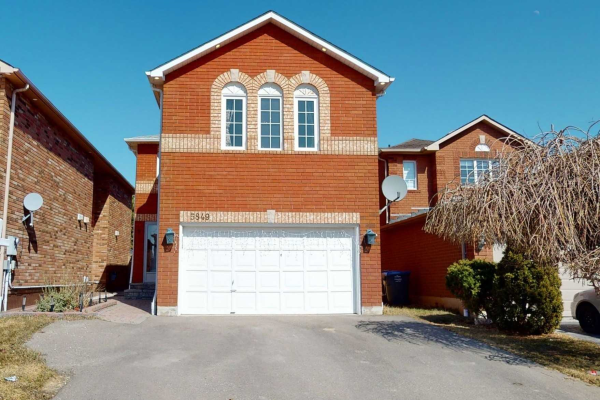 5849 Sidmouth St, Mississauga