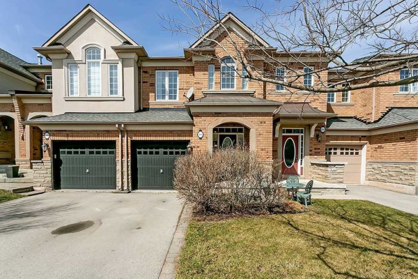 206 Duskywing Way, Oakville