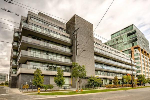 8 Fieldway Rd, Toronto