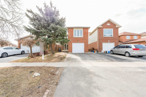 10 Stalbridge Ave, Brampton