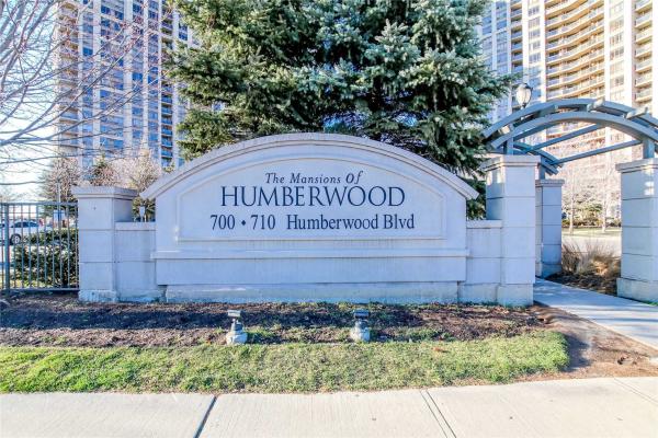 700 Humberwood Blvd S, Toronto