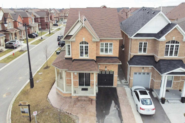 25 Exhibition Cres, Brampton