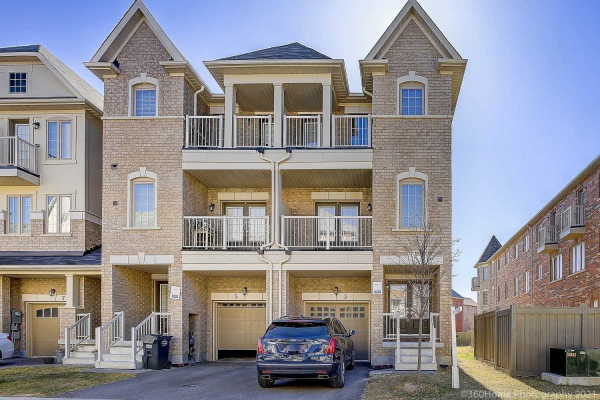 3 Rabbit Run Way, Brampton