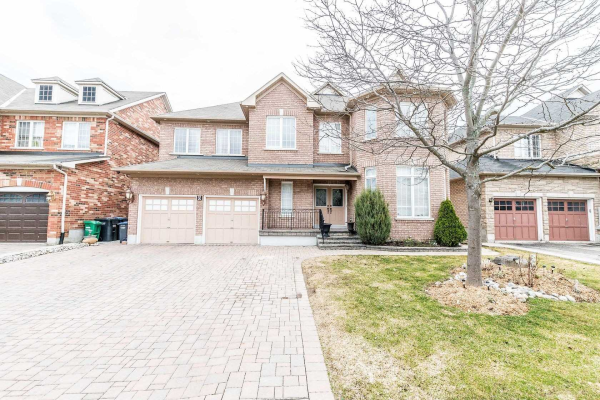 8 Pepperbush Rd, Brampton