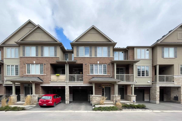 373 Belcourt Common, Oakville
