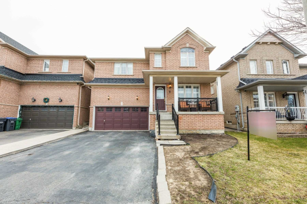 9 Bluewater Cres