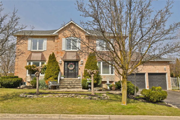 2023 Lady Di Crt, Mississauga