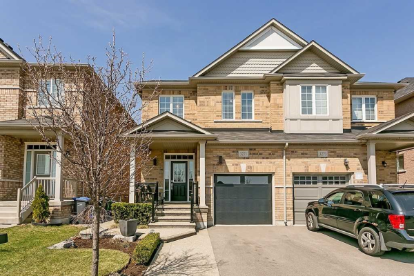3271 Stoney Cres, Mississauga