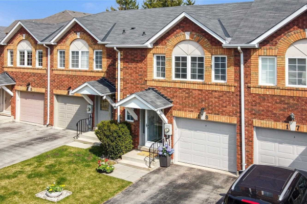 1425 Abbeywood Dr, Oakville