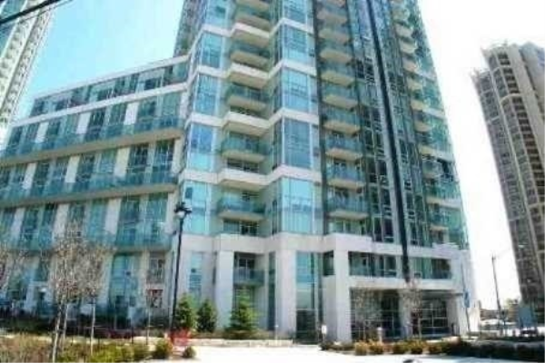 3939 Duke Of York Blvd, Mississauga