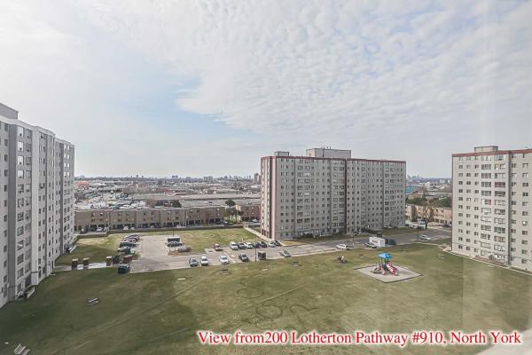 200 Lotherton Ptwy, Toronto