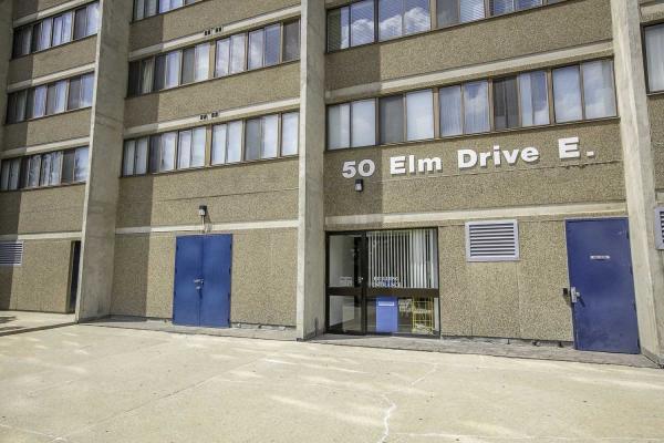 50 Elm Dr E, Mississauga