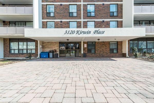 3120 Kirwin Ave, Mississauga