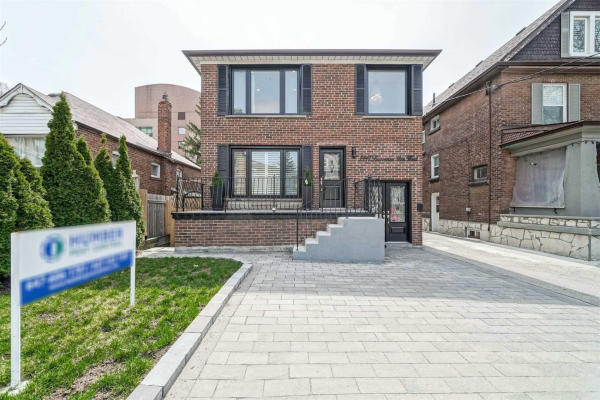 2117 Lawrence Avenue West Ave, Toronto