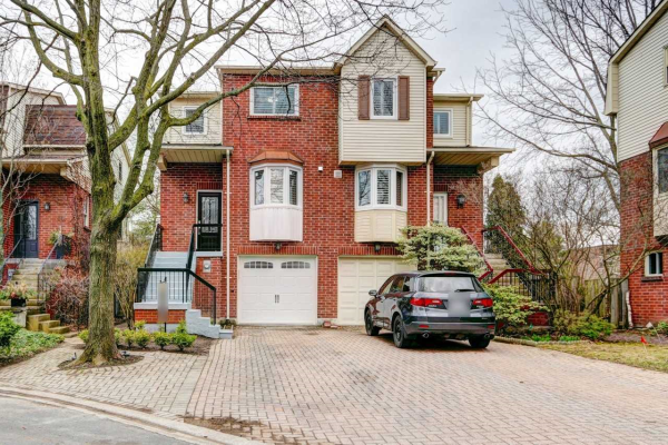 16 Normandy Pl, Oakville