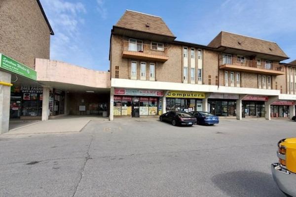 16 Rexdale Blvd, Toronto