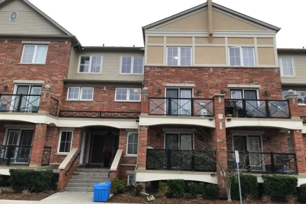 19 Hays Blvd, Oakville