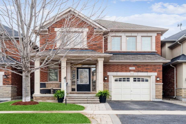 2306 Kwinter Rd, Oakville