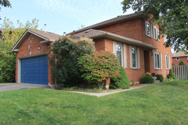 1377 Cobbler Lane, Oakville