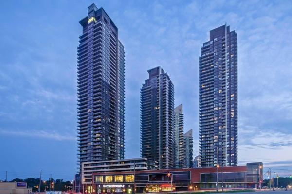 2212 Lake Shore Blvd W, Toronto