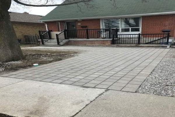 79 Barrhead (Lower) Cres, Toronto