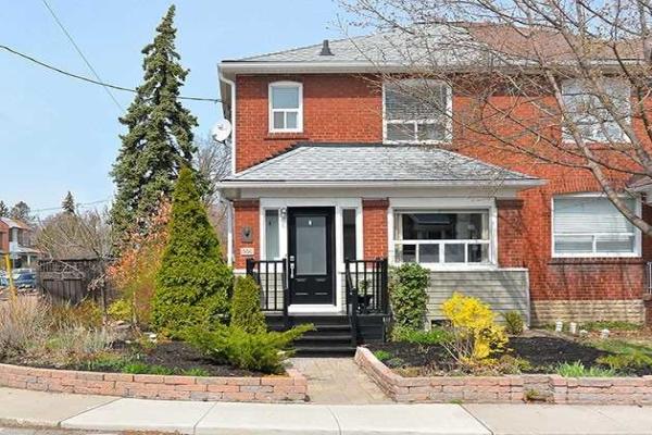 500 St Johns Rd, Toronto