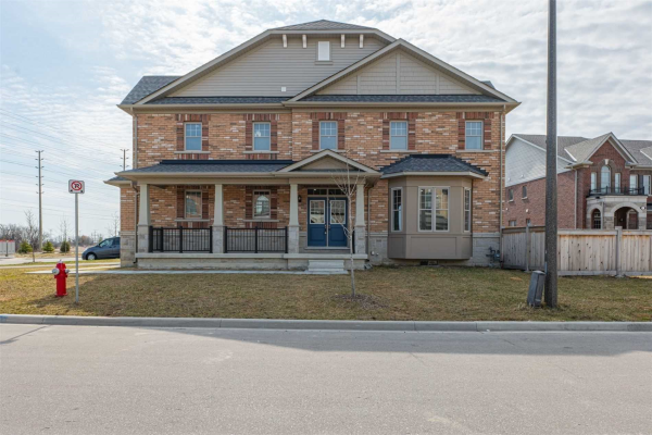 9 True Blue Cres, Caledon