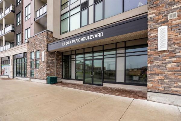150 Oak Park Blvd, Oakville